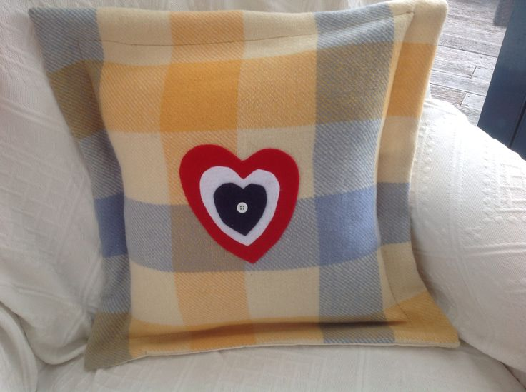 Blanket heart cushion