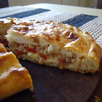 Tarta de atún y palmitos. Ver la receta http://www.mis-recetas.org/recetas/show/26970-tarta-de-atun-y-palmitos #torta #pastel #atún