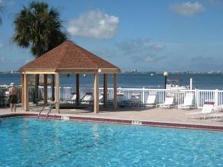 Bermuda Bay Beach Club - ~A~ Special Getaway