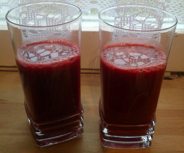 Sprawdzony przepis na najsmaczniejszy i najzdrowszy sok z marchewki, jabłek i buraków z sokowirówki.