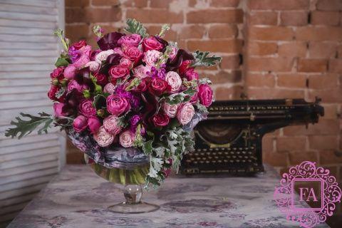Букет Вистфул из живых цветов купить с доставкой в Москве