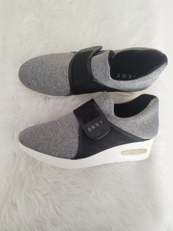 Koturny Dkny R 38 5 Sneakersy Dkny Buty Dkny Dkny Z Mojej Szafy Rozmiar 38 5 Za 199 00 Zl Zobacz Https Www Vinted Pl Kobiety Shoes Sneakers Balenciaga