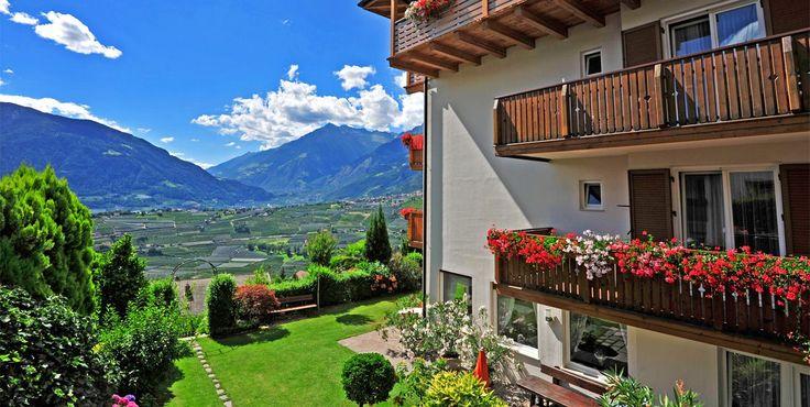 Pension Garni Ferienwohnungen Schenna *** Zunnelerhof - Schenna oberhalb Meran - 3 Sterne Pension Appartement