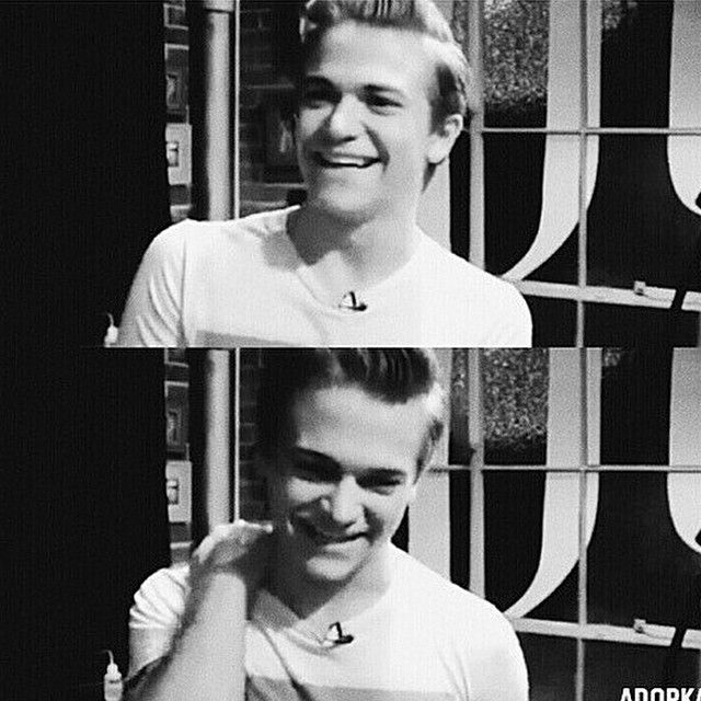"""So this kid in my class was looking over my shoulder after school and he says """"who is that?"""" and I'm like """"Hunter Hayes....?"""" And he's like """"he's ugly"""" I wanted to slap his face so hard."""