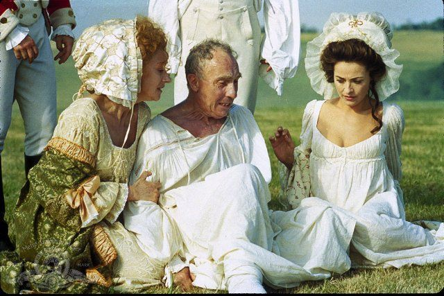 Still of Amanda Donohoe, Helen Mirren and Nigel Hawthorne in The Madness of King George