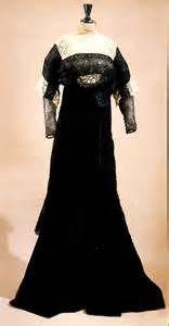 Circa 1908 Chéruit semi-morning dress of ecru net, lace, and black ...
