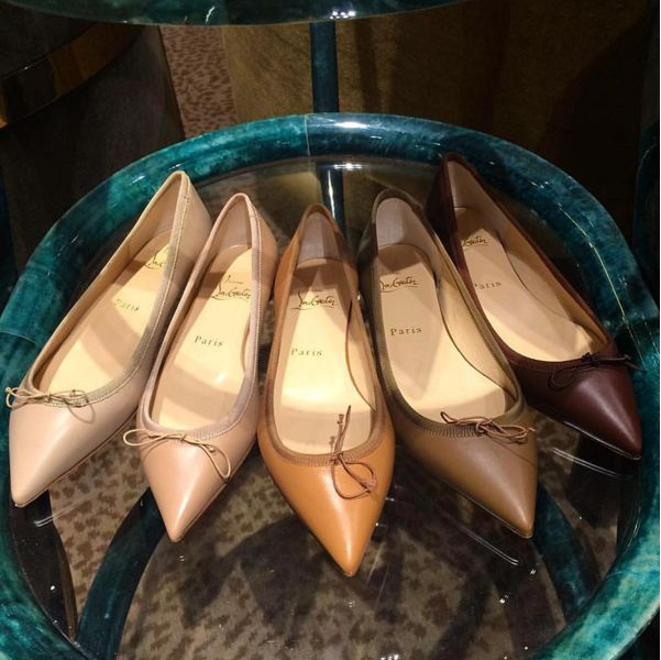 Pick your nudes @louboutinworld