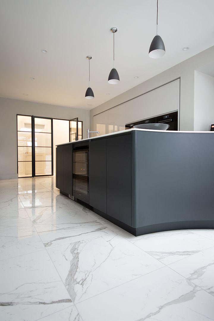 Pin Von Frieda Auf Fliesen In 2020 Haus Bodenbelag Fliesen Wohnzimmer Kuche Holzboden
