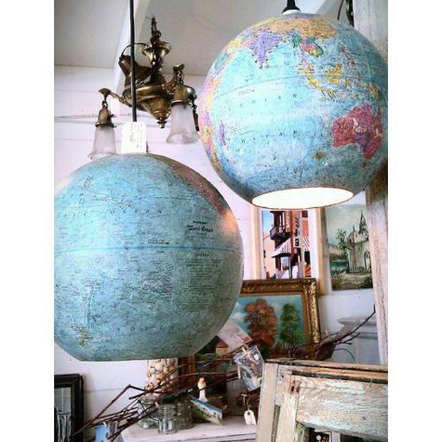 #mulpix Ideia original e linda! Vamos transformar aquele globo em um objeto de decoração charmosíssimo?? 😀 🌏🌎🌍💡 . Imagem retirada da internet.  #decoração  #decor  #decoration  #ideia  #ideias  #art  #arte  #diy  #tutorial  #artesanato  #design  #designdeinteriores  #arquitetura  #casa  #home  #instalike  #like4like  #love  #quarto  #escritorio  #sala  #idea  #ideas  #criatividade  #creative  #inspiração  #inspiration