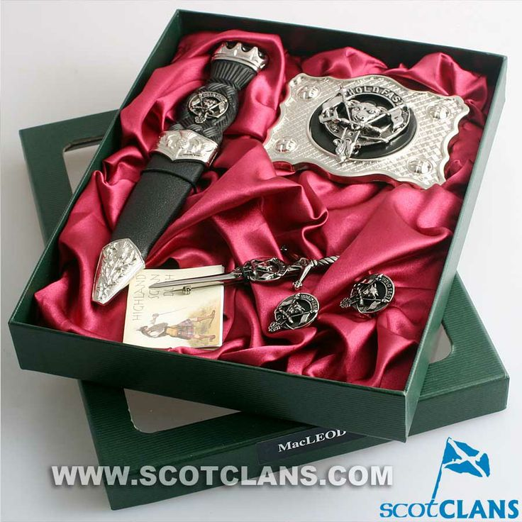 MacLeod Clan Crest Kilt Accessory Set