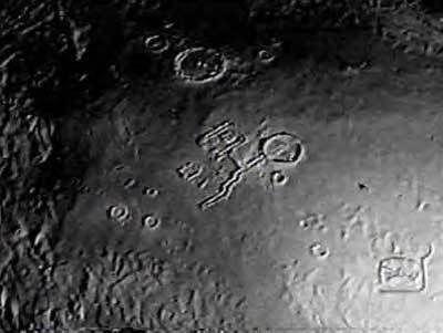 alien_base_far_side_moon_3