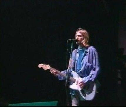 Kurt Cobain with his signature Fender Jagstang