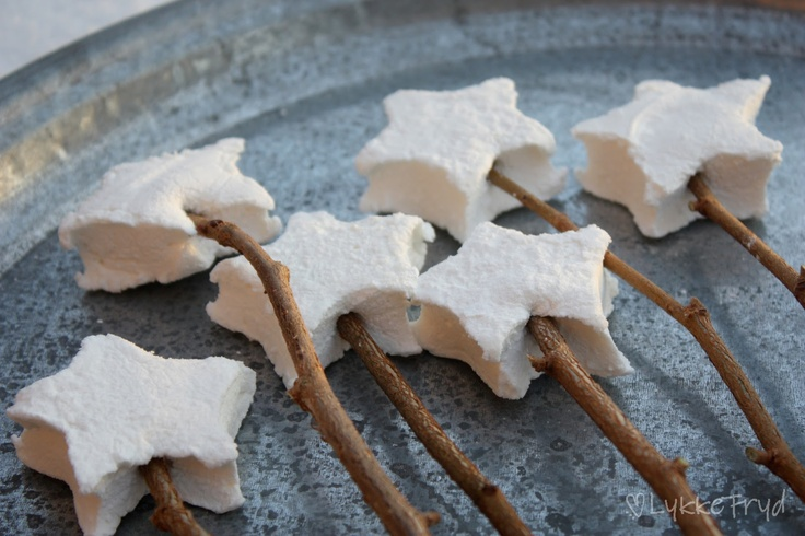 Homemade star marshmallows