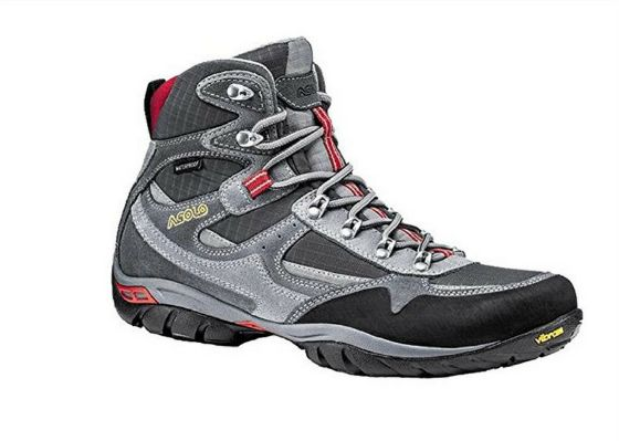 Best Camping Boots 2017 - Reviews & Buyer's Guide