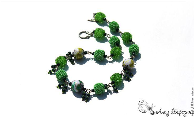 """Купить Бусы из бисера """"Зеленая тропа"""" украшение на шею, подарок женщине - бусы из бисера"""