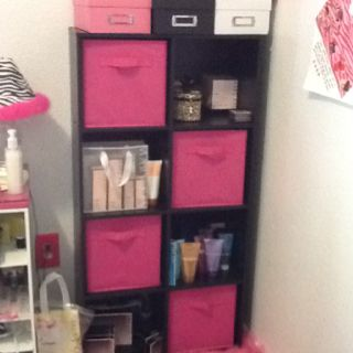 Idea for holding my Mary Kay inventory!  You can contact me at nicolewillinsky@marykay.com or order product from www.marykay.com/nwillinsky