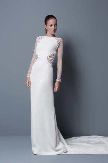 Фото свадебных платьев со шлейфом, пышные свадебные платья русалка со шлейфом.