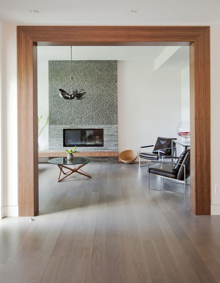 A Quietly Vibrant Home in Vancouver | Fireplace modern, Modern ...