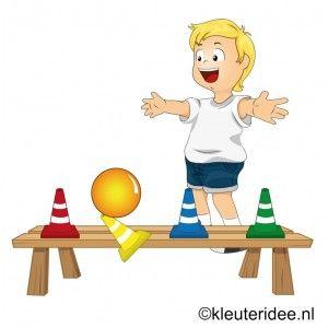 Gymles met ballen voor kleuters 6, juf Petra, voor meer kleutergymlessen ga naar de site kleuteridee.