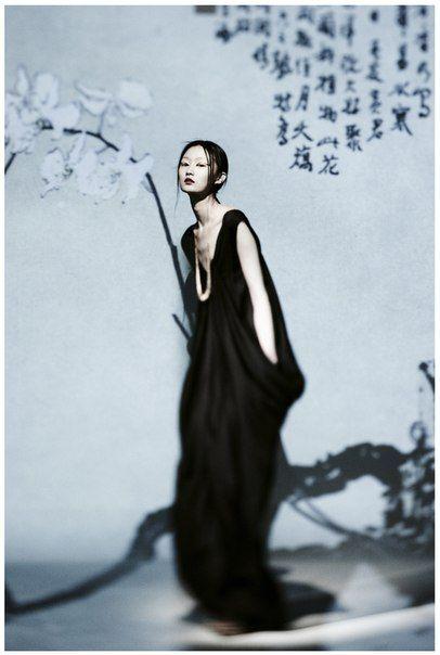 Planning: AK Ding, Photographer: Xu Xi models: Ji Lili, makeup hair: Sun Qi