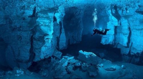 harvestheart:    Orda Cave, Russia - largest underwater gypsum cave