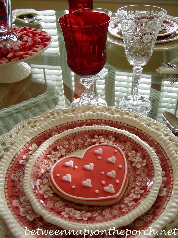 Valentine Day Table Setting Tablescape  | Between Naps on the Porch