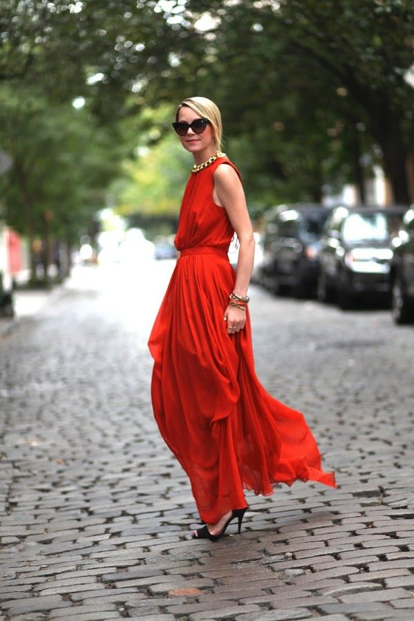 A bold silk gown is our go-to for spring parties. Blair of blog Atlantic Pacific in Vivien silk gown.