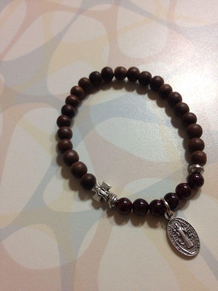 Agarwood & Garnet bracelet
