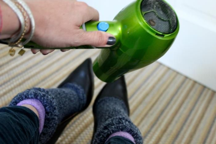 How to stretch out too tight shoes...I just did this and it worked!!!!! Yay!