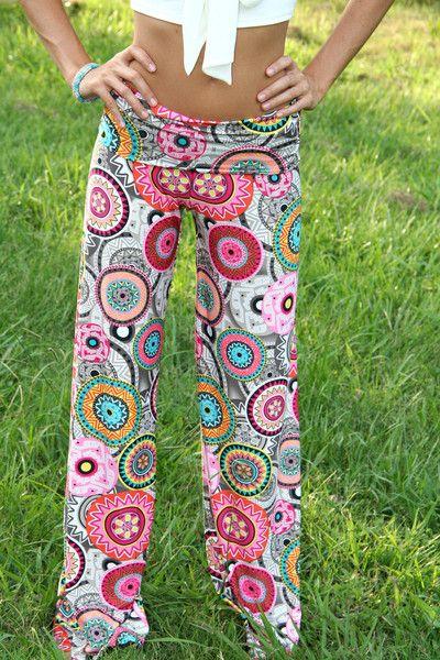 Los quiero!! pantalones para hacer yoga... de mandalas <3