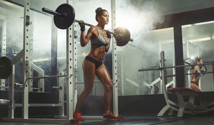 Zsírégető edzés körkép: miért a súlyzós edzés a legjobb módja a zsírvesztésnek?