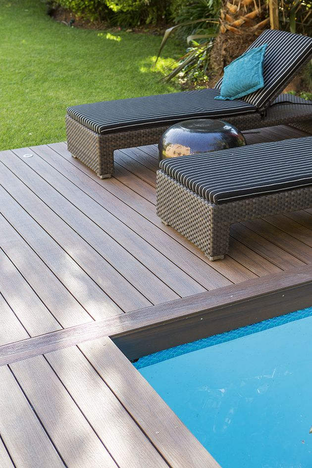 Eva-tech Infinity around the swimming pool.  A match made in heaven! http://www.eva-tech.com/en/