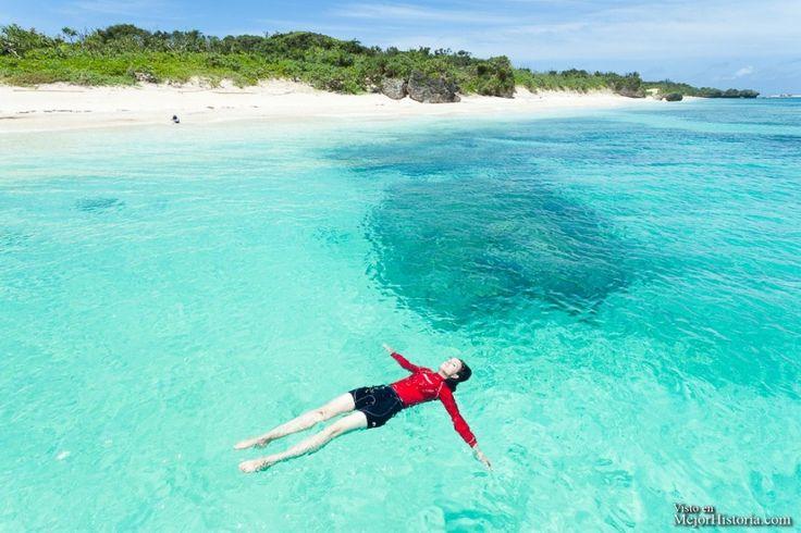 Isla Panari Okinawa Japón - La Isla de Okinawa (沖縄本島 Okinawa-hontō) es la mayor de las islas Ryūkyū de Japón, con una superficie de 1201,03 km², donde se sitúa la ciudad de Naha, .