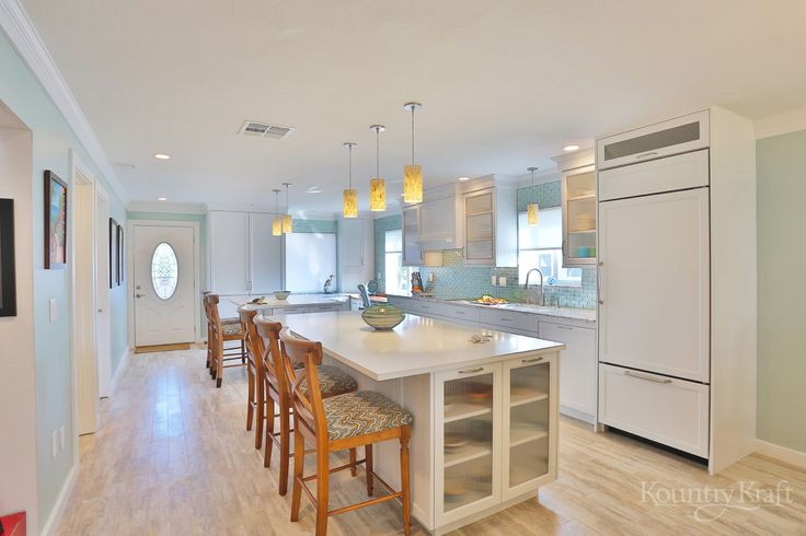 Custom kitchen cabinets designed by trk design company in for Kitchen cabinets venice fl
