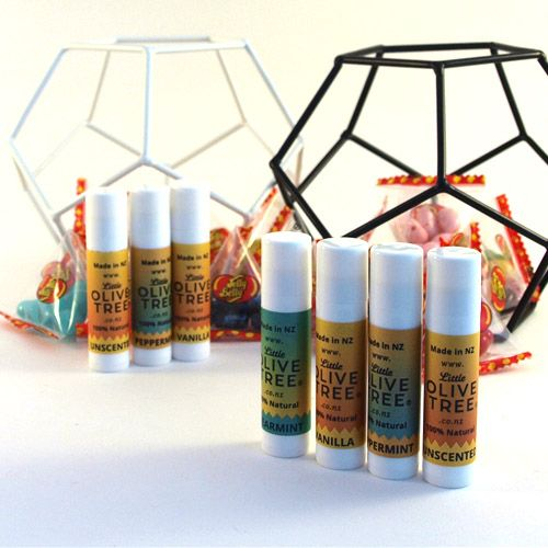 A shea butter lip balm will bring satisfaction to your lips! Whether you're seeking something to make your lips feel great, or if you're looking for something to help damaged or chapped lips, this lip balm will do wonders either way. International delivery is available :) #lipbalm #naturallipbalm #sheabutter #shealipbalm #sheabutterlipbalm #nzmade #naturalbody