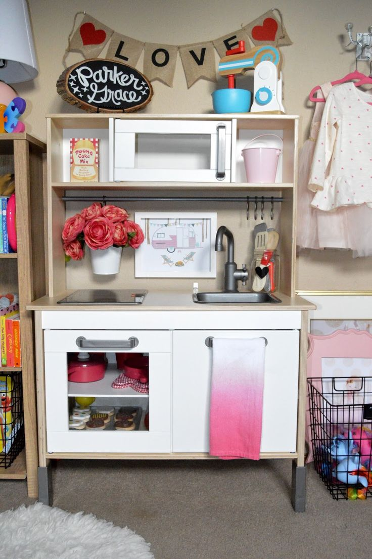 Toys beautiful and affordable all wood play kitchen sets inhabitots - Valentine S Day Play Kitchen