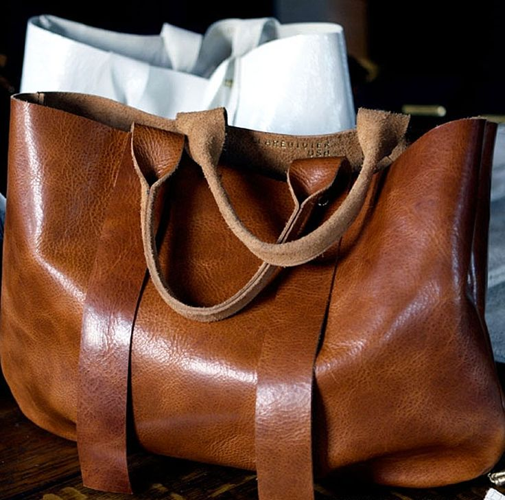 brown leather bag - gorgeous... there are just some bags that you instantly fall crazy in love with!