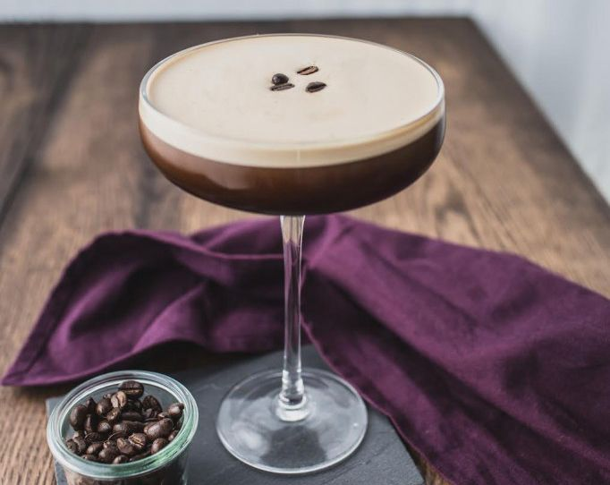 Коктейль «Эспрессо мартини» — vkusno.co