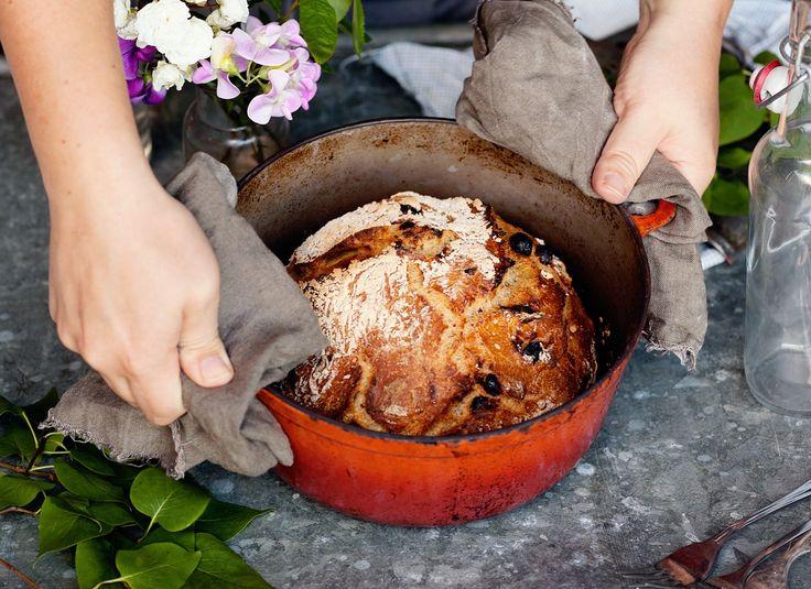 Bread in a pot | @okottslig on Instagram