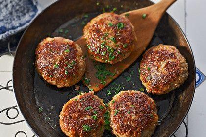 Hildes Fleischküchle, ein raffiniertes Rezept aus der Kategorie Rind. Bewertungen: 136. Durchschnitt: Ø 4,6.