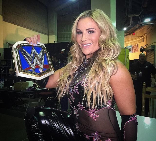 wwe You can't take the smile off of @natbynature face before #HIAC! Will she regret her words a week from Sunday? @WWENetwork #WWE 2017/09/27 10:49:55