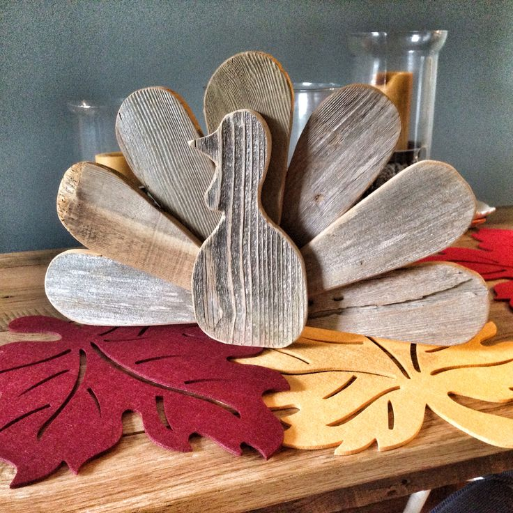 Reclaimed wood Thanksgiving turkey centerpiece
