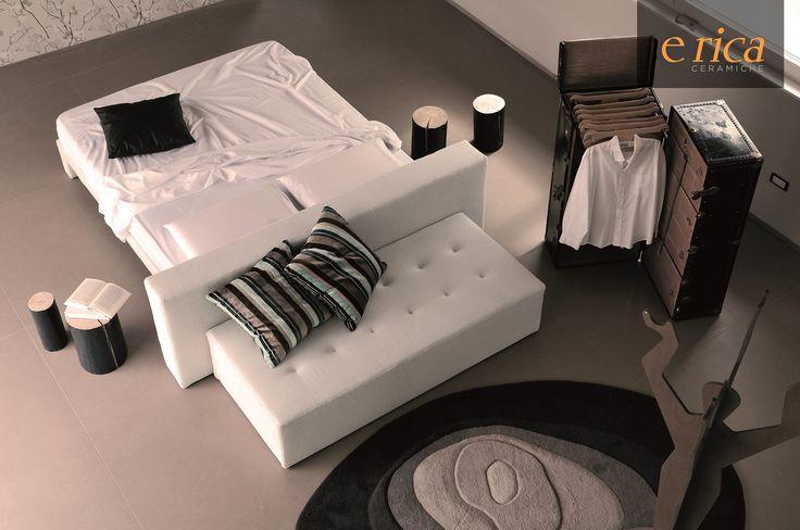 Oltre 25 fantastiche idee su stanze da letto su pinterest - Divano al centro della stanza ...