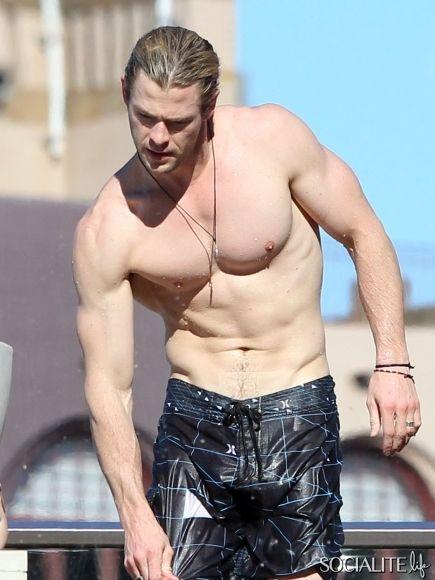 Hi, Chris Hemsworth. | Eye Candy (Hotties) | Chris ...