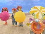 *▶ LIEDJE: Een grote paraplu tegen de zon!