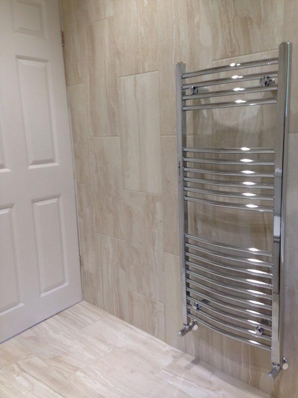 BQ1381  Bathroom  Bathroom floor tiles Shower floor