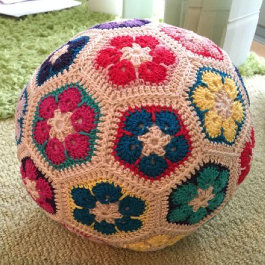 アフリカンフラワーのサッカーボール