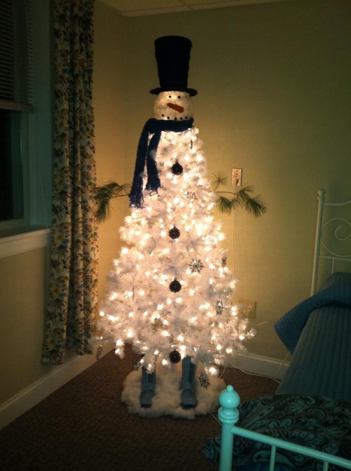 snowman christmas tree artist responsible for this cute creation cheryl barnett gunn white - White Christmas Trees At Walmart