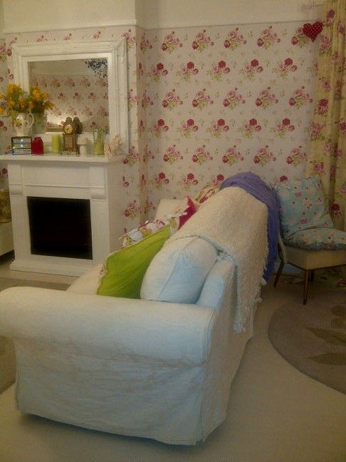 17 best images about living room on pinterest table and for Cath kidston style bedroom ideas