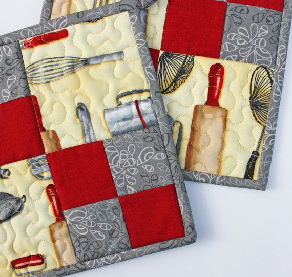 828 best images about potholder on pinterest set of for Quilted kitchen set